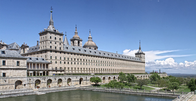 Escorial Piscina ECD.jpg